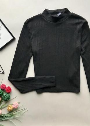 Базовый укорочённый чёрный гольф  в рубчик / чёрный свитер в рубчик