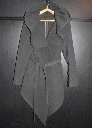 Стильное натуральное пальто