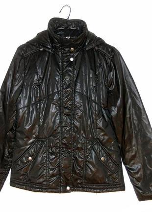 Блестящая демисезонная куртка