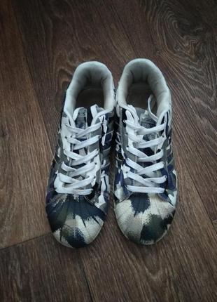 Оригинальные кроссовки adidas superstar.