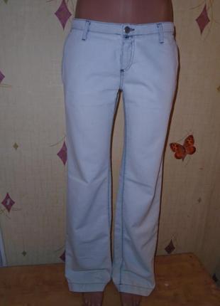 Продам фирменные джинсы из италии