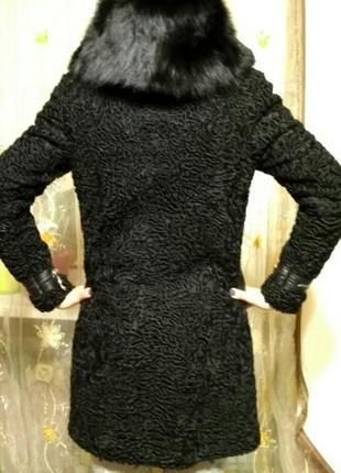 Натуральная шубка/пальто из каракуля с воротником/капюшоном из лисы