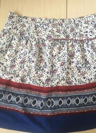 Почти новая брендовая юбка, очень красивая