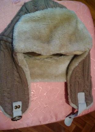 Стильна тепленька шапочка