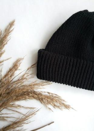 Шапка на осень и зиму, шапка черная, теплая, базовая!