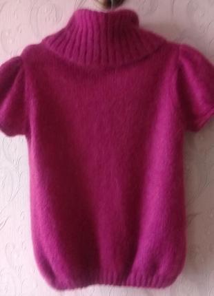 Коасивый свитер из овечей шерсти