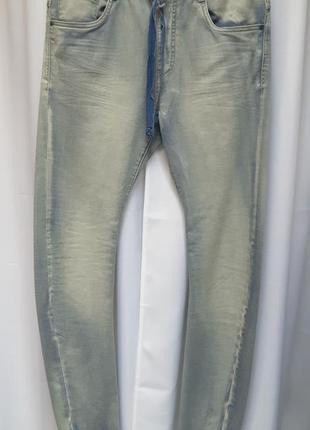 "Джинсы светло-голубого цвета французского бренда ""bonobo jeans"""