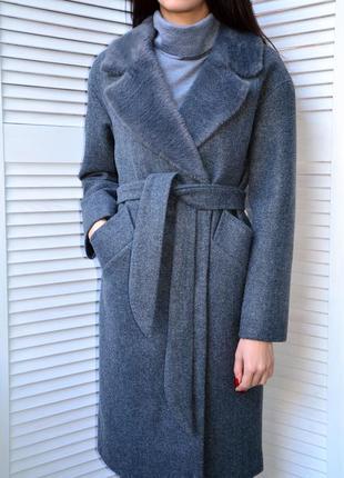 Идеальное пальто на запах с интересным воротником