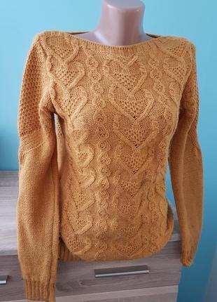 Вязаный теплый свитер шерсть горчичного цвета
