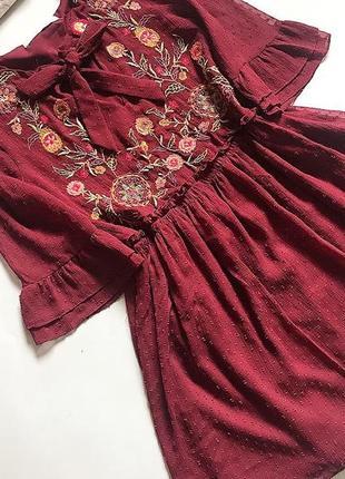 Платье цвет марсала zara с вышивкой  р 8( неполная 10) идеальное состояние
