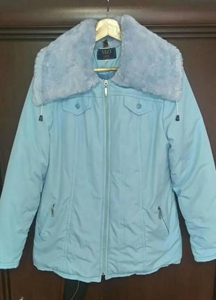 Зимняя куртка с капюшоном голубого цвета от miorichi