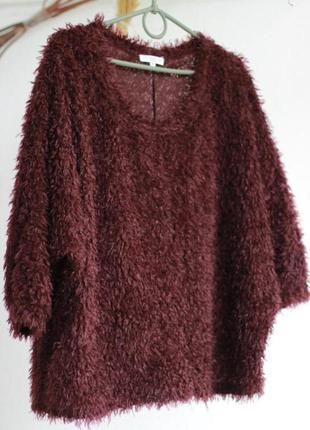 Пушистый свитерок
