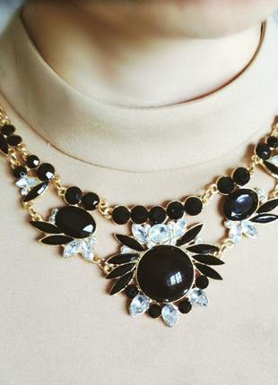 Колье ожерелье. воротник. бижутерия. украшения
