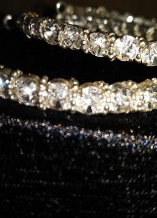 Серьги-кольца посеребреные с камнями