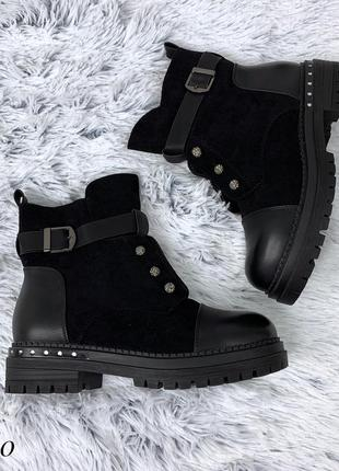 Стильные зимние ботиночки на низком каблуке. размеры с 36 по 41