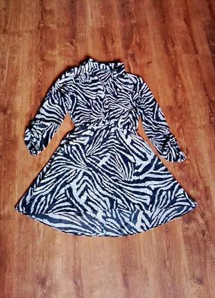 Платье с принтом зебра