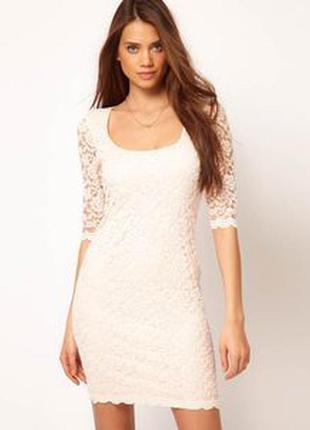 Распродажа летнего товара до 15 ноября!!! бежевое кружевное вечернее платье