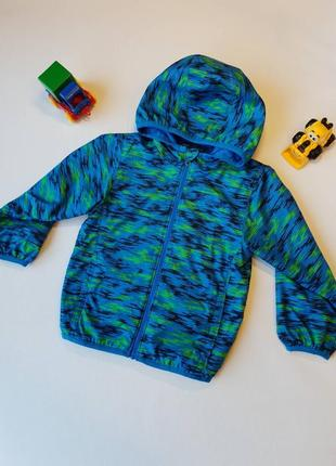 Продам детскую курточку columbia с флисовой подкладкой,3т