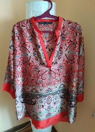 Невероятно красивая блуза свободного кроя от zara