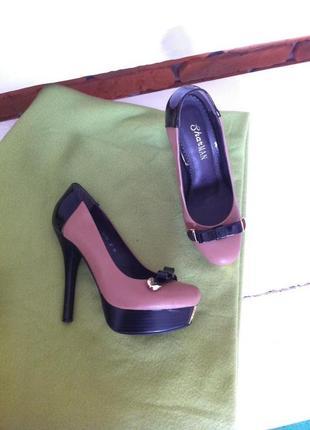 Удобные туфли на платформе кож зам