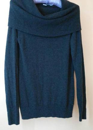 Тепленький свитер s.oliver.