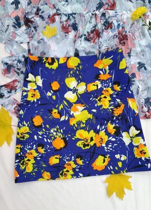 Фактурная юбка, яркая расцветка, трапеция