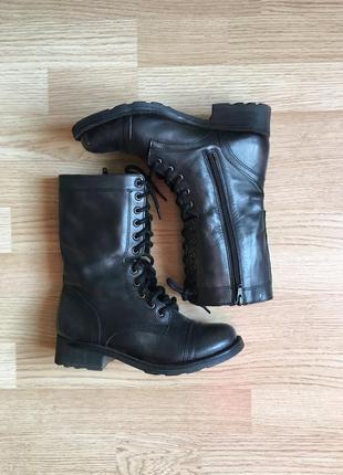 Стильные осенние ботинки с медно-бронзовым отливом