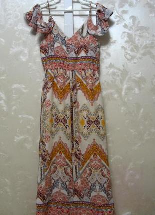 Платье с открытыми плечами и воланами на рукавах river island