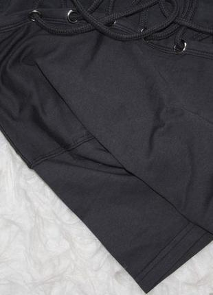 Обалденная футболка с чокером и шнуровкой missguided3 фото