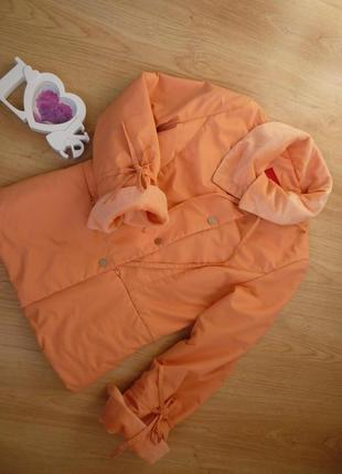 Куртка пуховик персикового цвета / snowimage