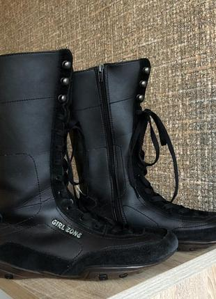 Чёрные осенние сапоги на шнурках girl zone