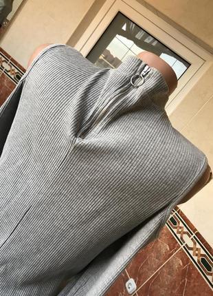 Black friday !!! серый гольф в рубчик с молнией и с открытыми плечами h&m