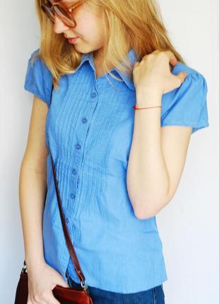 Красивая блуза/рубашка однотонного синего цвета на пуговицах, короткий рукав, marks & spencer