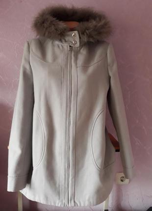 Пальто george  размер 40 вьетнам