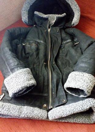 Зимняя куртка на 7-9 лет
