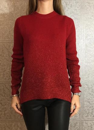 Красный свитер с люриксом h&m