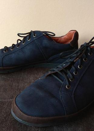 Легкие туфли нубук