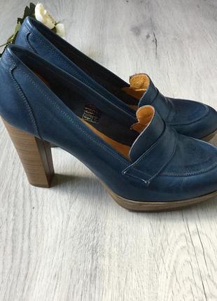 Фирменные кожаные туфли eva lopez, размер 40