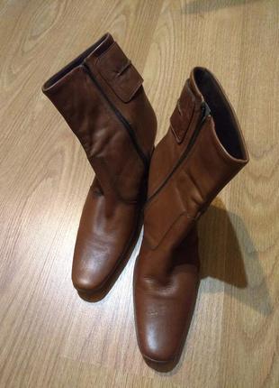 Демисезонные кожаные ботинки / полусапожки размер 39