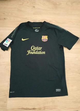 Футбольна форма на підлітка 12_13 роква nike dri-fit. f.c bsrcelona оригинал!