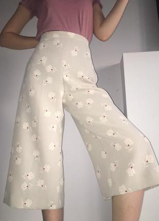 Ультрамодные брюки-кюлоты
