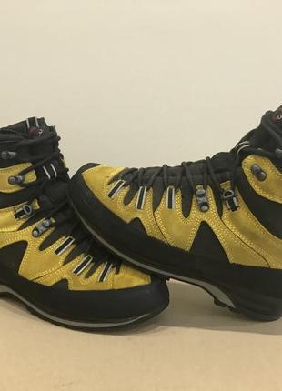 Трекинговые ботинки mammut cascade gtx  scarpa