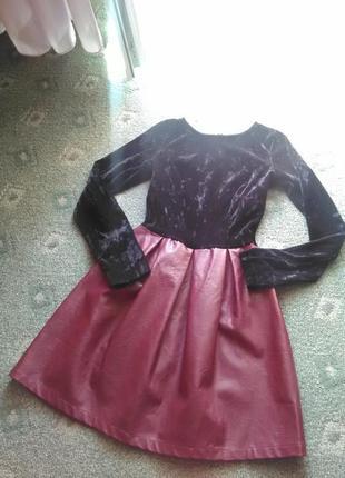 Крутое платье из велюра и эко-кожи