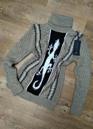 Теплый вязаный свитер с горлом