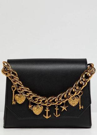 Красивая сумочка с декором