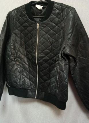 Женская кожаная куртка пилот бомбер bestseller