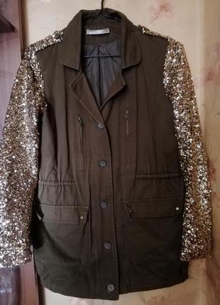 Нарядная яркая куртка жакет пиджак цвет олива рукава пайетки