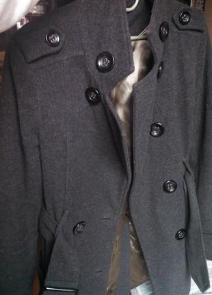 Срочно! пальто темно серое двубортное