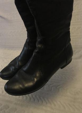 Женские демисезонные сапоги на низком каблуке 39 размер4