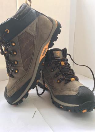 Фирменные женские ботинки timberland
